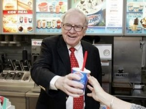 warren-buffett-chairman-and-ceo-of-berkshire-hathaway